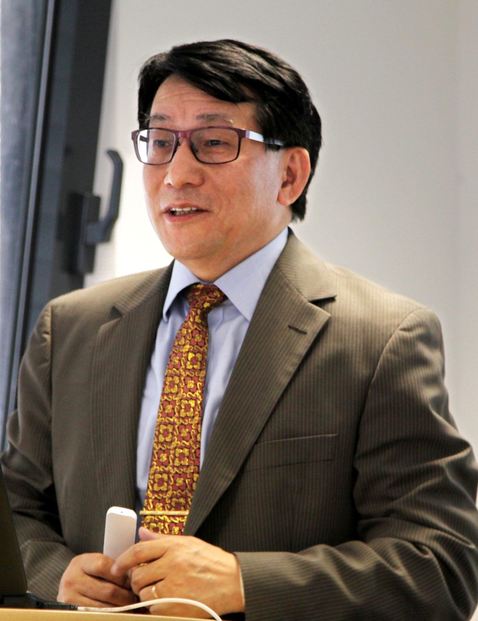 Yine Zhang